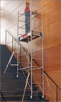 echafaudage dans escaliers